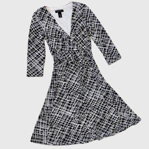 White House Black Market Faux Wrap Dress sz 0